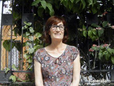 MARÍA. Microentrevista en calle Folch de Cardona